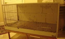 I am looking for terenziani flight cages like the ones in the pictures. If you have any for sale please email me. Thank you.