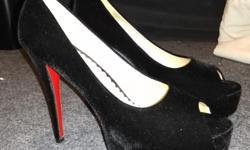 Maiernisi Brand Peep open Toe Size 12 Platform Pumps Stiletto Heel. Black velvety material with red underlight. Never Worn, brand new, no box.