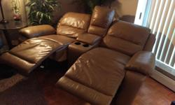 Part of the cindy crawford home collection sectional. Very comfortable and GREAT CONDITION other than a few small scratches in the leather at the rear from moving. Not visible unless your looking for it. Very lightly used. List price: 2999.94 USD =