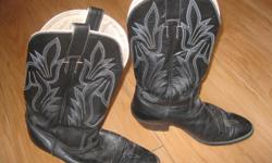 Men's CRISTOBAL ROMERO Western Cowboy Boots Don Quijote size 8 1/2 Color - Black ************************ Soles NEED to be redone - WORN - but boot itself in good condition ************************* AS IS Due to the above - letting boots go for ONLY