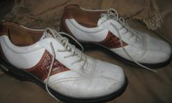 Men's ECCO Cleated Golf Shoes Size 9 Color - White/Brown Good condition Letting go for $10 Can meet in west end of ottawa (kanata) or pickup in Constance Bay
