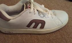 Etnies white leather low cut pro skate shoes. Worn one summer, minimal wear on heels, minor scuffs that can be easily buffed out. $40, no low ball offers please, pickup only Kanata off Hazeldean Rd.