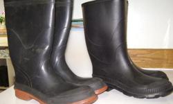 1 pair men's rubber boots, black with orange trim. Size 12.