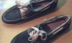 Men?s size 9.5 leather casual shoe, wore them a few times but they?re too small for me now. In great shape. Asking $10 can deliver. Posted with Used.ca app