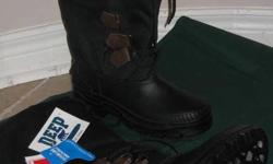 Men?s Size 6 Waterproof winter snow Boots NEW Deep Country Brand NEW Waterproof, Leak proof boots With removable lining Available at Markham or (by arrangement) at Scarborough Town Centre