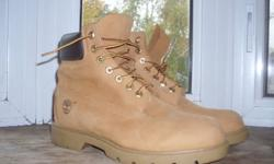 Hello Kijiji, I am offering for sale a pair of Mens Timberland boots in size 9. These boots are PERFECT for winter or people who enjoy hiking. These retail on the Timberland website for $155.00 !!! These boots have only been worn twice, and have virtually