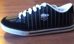 I have 3 pairs of antidote skate shoes 1 black pair with white pinstripes and 2 pairs of white with black pinstripes brand new all 3 are size 10.5 30$ each They retail for $59.99 This ad was posted with the Kijiji Classifieds app.