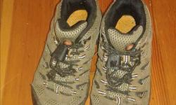 Merrell Hiking shoes in good condition. They've only been used a few times. Size 10 (toddler) Keywords: hiking boots, shoes, merrel, merrell