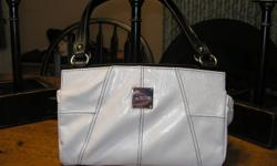 MICHE BAG COMES WITH 5 SHELLS IF INTERESTED GIVE ME A CALL OR EMAIL ME