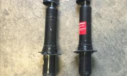 I have a used set of Monroe struts for a toyota tacoma. They have under 300km on them. Minor wear on the outside from dirt and use. Selling them because I made a mistake and needed something else. Asking $200 o.b.o. Link to the products webpage:
