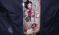 Brand New in Box! DRACULAURA doll from the Frights Camera Action series. Great gift for collectors! Still available for cash pickup if you see the ad. Location: south Etobicoke near QEW/427. Please check out my other ads for more Monster High Brand New in