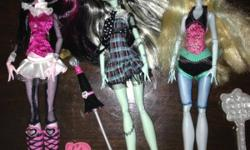 3 dolls with accessories. Never used. This ad was posted with the Kijiji Classifieds app.