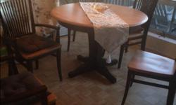 Canadelle dining table * 6 chairs 2 captain chairs