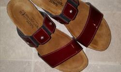 Naot ladies sandles size 36; Canadian size 6 but feels like a 5.5 on foot; mint condition; worn once