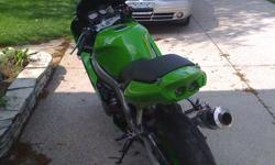 For Sale: Amazing deal on Mint condition 2000 Kawasaki Ninja ZX6r,  new in 2011: back tire, front and back sprockets, new chain, new plugs, new K&N air filter, new gas cap, custom paint on tail and tank (changed from black to green) will trade for 250 or