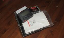 NEW IN BOX ST30 COMPASS WITH TRANSDUCER AND MANUAL