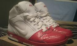 barely worn like new, nice and clean asking $65 but will accept all reasonable offers! call text or email. i can deliver
