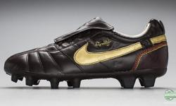 I am selling a pair of black Nike Tiempo size 10 Ronaldinho cleats that I only wore a few times. I usually do not wear Nike cleats as I find they are not my type of boot for when playing. I have found a more comfortable pair of copa mondials that I