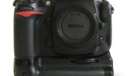 Nikon D300 DSLR kit w/ 18-70/f3.5-4.5 lens + accessories * 12.3 MP DSLR Body * DX Sensor * 6 FPS Continuous shooting speed at full resolution * Includes: 2 EN-EL3 batteries and Nikon MH-18A Quick Charger, USB cable, video out cable, Nikon 300 Camera