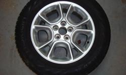 235/65/17 Nokian snow tires and 17inch Toyota Sienna allumiun rims. Fits 2001 Rav 4 and up, and fits 2004 Sienna and up.