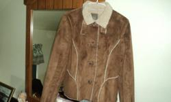 Old Navy Jacket Very Nice And Warm Comes From a Non-Smoking Home Size Medium