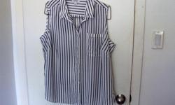 Nice sleeveless Blouse Navy and white