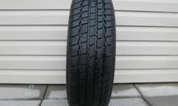 ONE (1) COOPER WEATHER-MASTER S/T2 SNOW GROOVE WINTER TIRE SIZE /185/70/14/ VERY GOOD TREAD REMAINING, ASKING $30 ( NO E-MAILS ) CALL (613)882-4075
