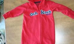 Sweatshirt Fleece material Nice red colour (used for boy & looked good) Nice Quality material In great condition 12 mos size
