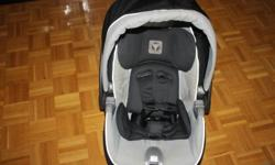 SELLING BLACK AND GREY PEG PEREGO CAR SEAT WITH BASE, DATED 2007 COLOUR MOKA EMAIL IF INTERESTED NO ACCIDIDENT , COMES FROM A SMOKE FREE/PET FREE HOME' $100 OBO