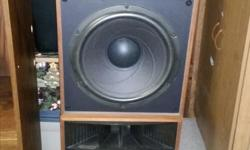 realistic mach 1 in very good shape they sound amazing