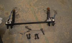 Roadmaster quick disconnect crossbar assembly with tow bar ends, including pins and safety cables. Used 3 years. $100. Reason for selling - bought new vehicle and did not specify which brand baseplate I wanted in the deal. They installed a Blue Ox instead