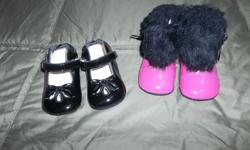 From a pet free /smoke free home ! Black patent Robeez shoes size 3 us (6/9 months)In mint condition, Also beautiful Robeez boots for baby 6months to 12 months size 2 us , pink patent with black fake fur and black bow ribbon. Asking y $10.00 In mint