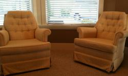 Selling a set of 2 Rocking comfy Lounge Chairs. Immaculate condition in a soft yellow pattern. Great addition to a living room, den,master or for a baby room (soft yellow color is great).