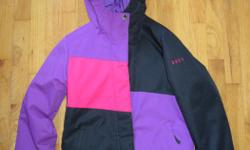 In excellent new like condition, size Large / 14.