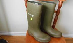 One pair of Dunlop Purofort rubber boots,size 9, not used a whole lot as I found them too small,they are in excellent condition.These boots are approx.$90.00 retail.