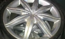 selling a set of 18 inch perelli winter carving  245/45/r18 tires and rims for a saab 97x 2 tires have %80 other 2 have %50 thread life the bolt pattern is 6X127. Rims and tires are 10/10 condition. These rims may also fit the chevy envoy, trailblazer and