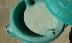 childrens sand box good condition