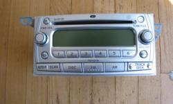Toyota OEM 6 CD MP3 See Picture Works Great - Guaranteed Please make an offer