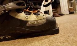 excellent condition salomon ski boots unique buckle system creates less pressure spots and is thus more comfortable not used much 24.5 size (around a 6-7 womens) my son used these for two years just outgrew them