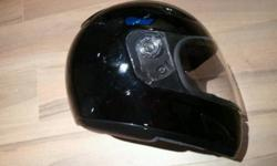 I have a small full face motorcycle helmet for sale. Black in colour. Used but in great condition. Pick up in roncesvalles/high park/queen west area