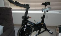 Large 40 pound fly wheel produces ultra smooth pedaling and with the ability to adjust your resistance quickly and easily by simply turning the dial