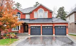 # Bath 5 Sq Ft 3500 MLS 10635 # Bed 4 Majestic 4 bed + main flr den/bedroom w/full bath & 2 other ensuite, 2 fireplaces & 3 car garage backing on the beautiful Cardinal Creek ravine trails & cave. Tranquil & private, professionally landscaped backyard