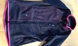 Size small Spyder Jacket NEVER WORN More so to wear under your ski/snowboard jacket.