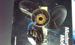 Powertech 13.25x18 pitch SS prop. Model NRS3 Fits Merc 40-140 outboard, OEM rubber hub bushing Exellent condition