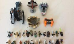 STAR WARS Lego as shown. 26 mini figures, 4 ships and a carnivore type plant piece.