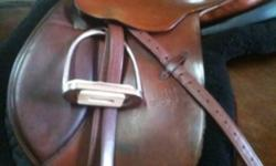Stubben Camelot saddle for sale. Excellent condition! Don't miss this wonderful opportunity. Used for one trillium show season, and then just a couple days a week. Regular tree, I've used it on all sorts of different horses, fits them all. Located