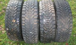 studded tires 195/60r15 asking $250