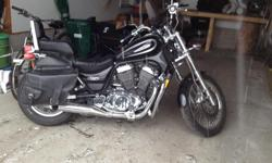 800cc motorcycle in awesome shape ready for the road with equipment such windshield new battery also selling leather jacket pants boots and helmet call as soon as possible Spring is here Get ready for an awesome Ride!