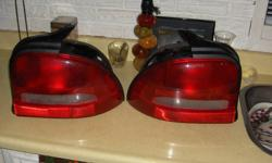 1998 dodge neon tail lights brand new from dealer,never used