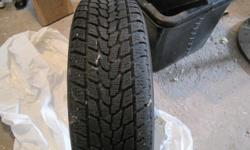 One (1) Toyo Observe DS-2 winter tire, 175/70R13, 75% tread left (10/32)